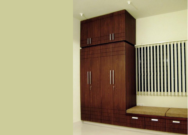 ID: HT WR24 Fitted Wardrobe