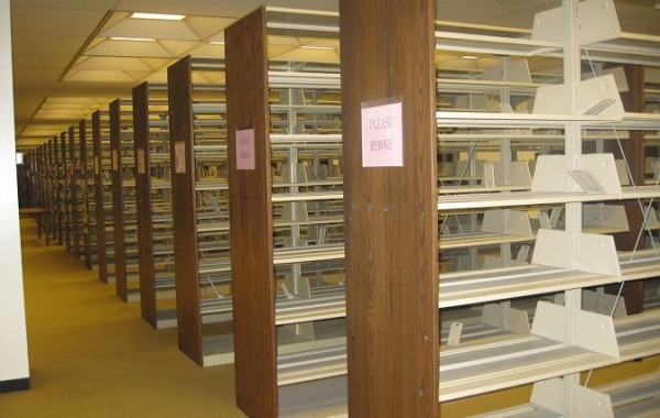 ID: HT UF01, School Library Shelf