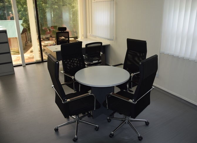 HT CT26, 4 Seater Conference Table