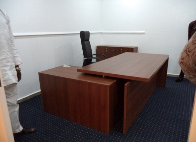 HT ET30, Executive Office Table In Lagos